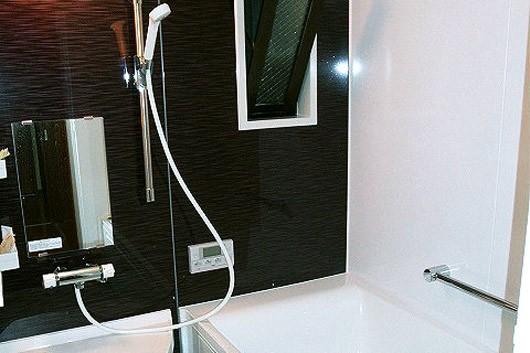 トイレと浴室を独立した空間にリフォーム