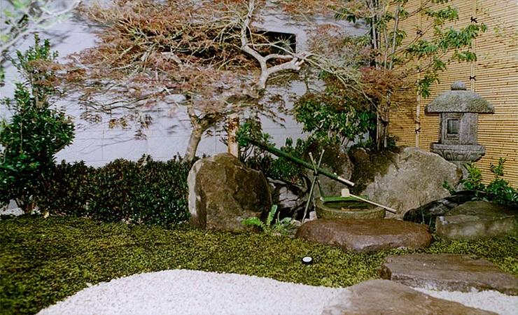 日本庭園のある家