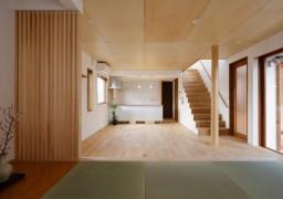 中庭のあるデザイナーズハウス(倉敷市・松建グループ)
