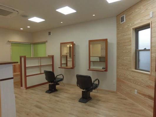 ビーフラット美容室 店舗併用住宅新築工事